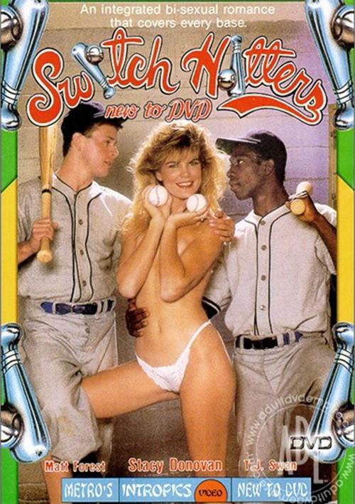 Erotic Image Three blonde lesbians ice cream